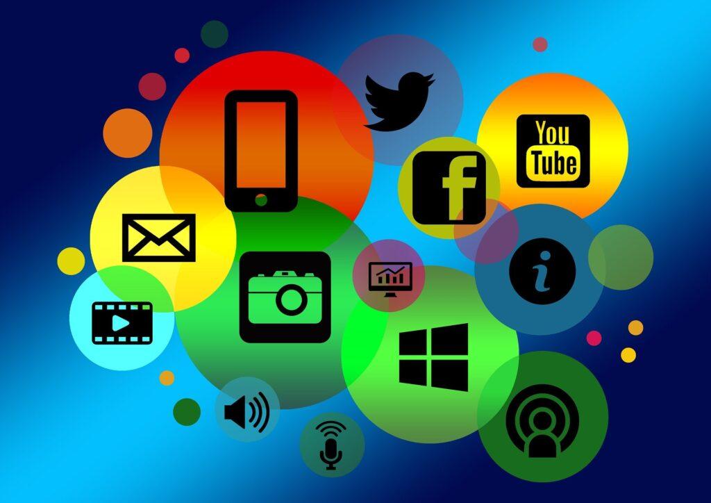 different color social media bubbles - website traffic